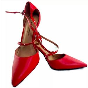 💕Christian Siriano Red Sexy, Studded Strap Heel❤️